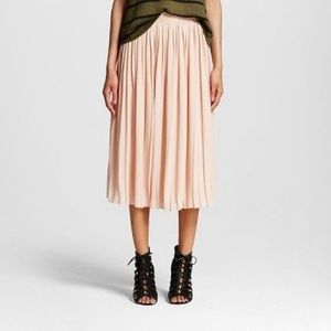 Who What Wear Pink Pleated Skirt